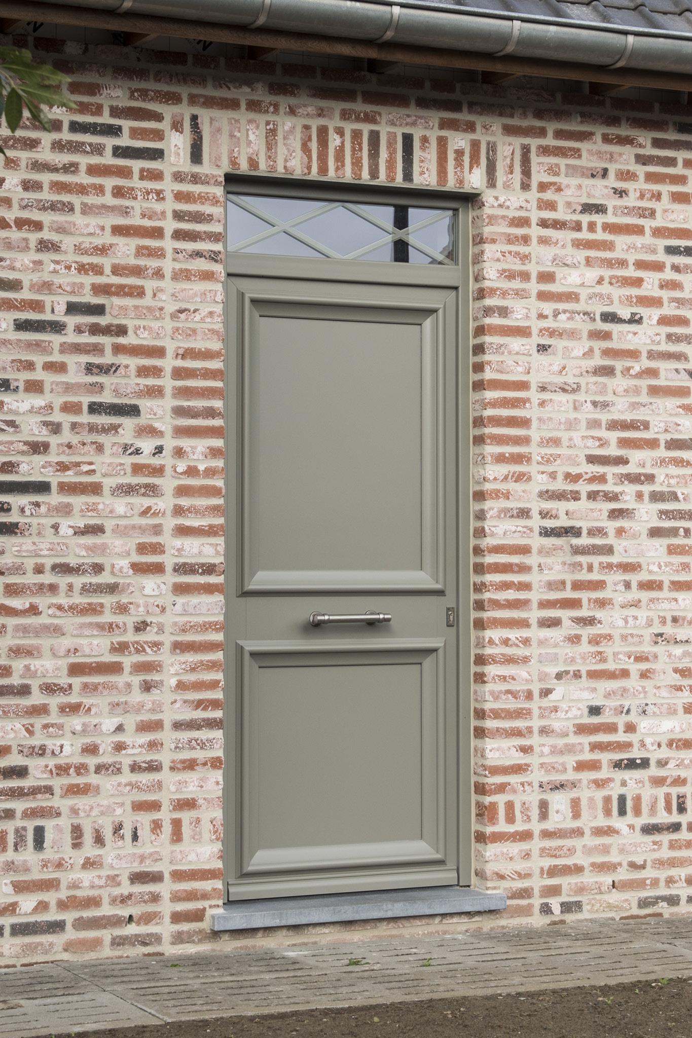 Porte d'entrée de maison : Voici la gamme Classics