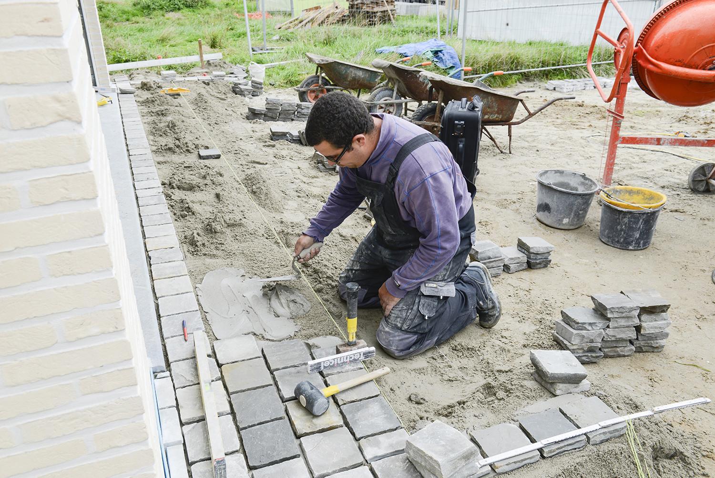 werf tegels betegeling vloeren terras prefundering