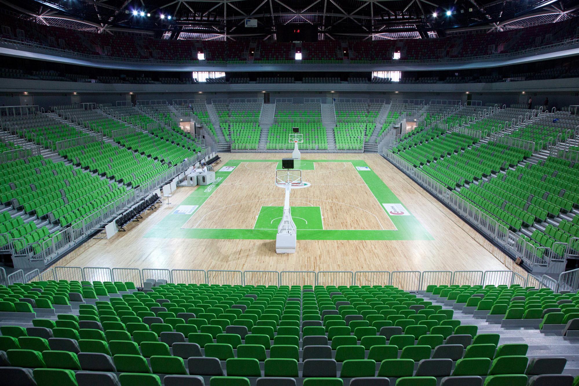 Public domain Stadion.jpg