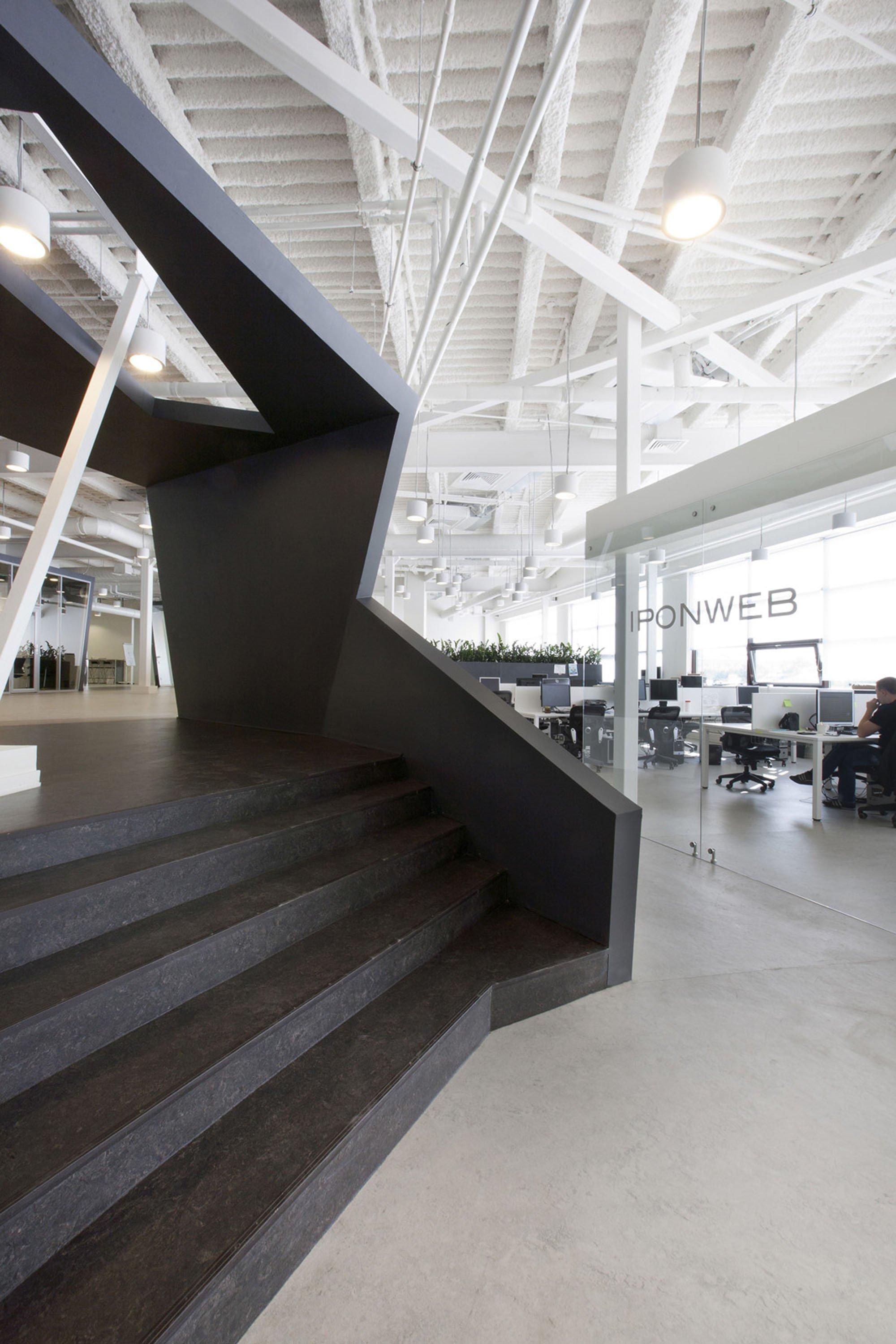 Büros IPONWEB.jpg