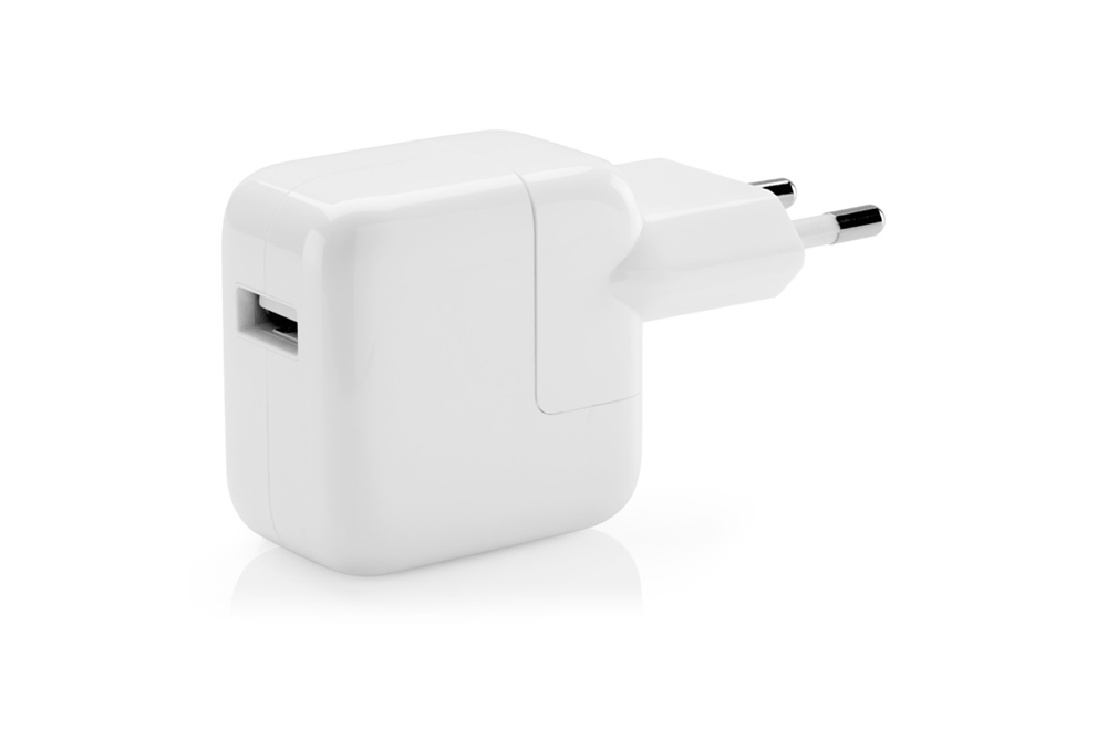 https://dpyxfisjd0mft.cloudfront.net/lab9-2/Producten/Apple/usb-power-12W.png?1422797648&w=1000&h=660