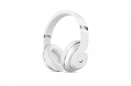 Beats-studio-wireless-whitegloss2.jpg