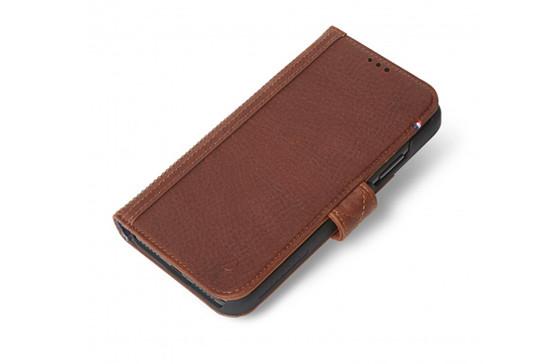 https://dpyxfisjd0mft.cloudfront.net/lab9-2/Producten/Decoded/Decoded-Card-Wallet-voor-iPhone-Xr---Cinnamon-Brown.jpg?1546935875&w=552&h=364