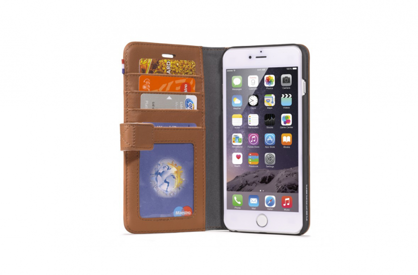 https://dpyxfisjd0mft.cloudfront.net/lab9-2/Producten/Decoded/decoded-wallet-iphone6plus-brown-1.png?1423651167&w=1000&h=660