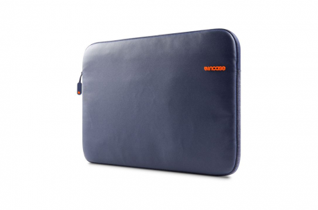 incase-city-sleeve-pro15-navy.png