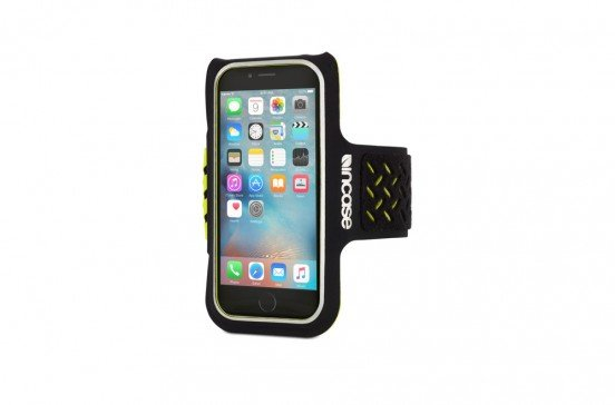 incase-sportarmband-6-1.jpg