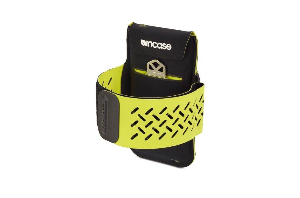 incase-sportarmband-6-2.jpg