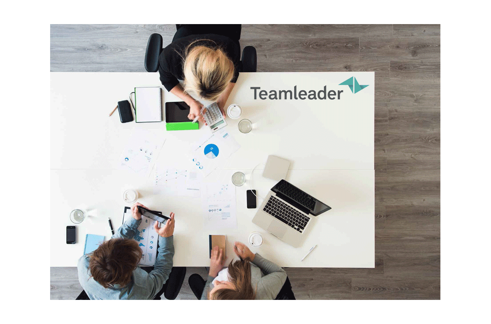 https://dpyxfisjd0mft.cloudfront.net/lab9-2/Producten/Teamleader/TeamleaderIllustratie.png?1455184849&w=1000&h=660