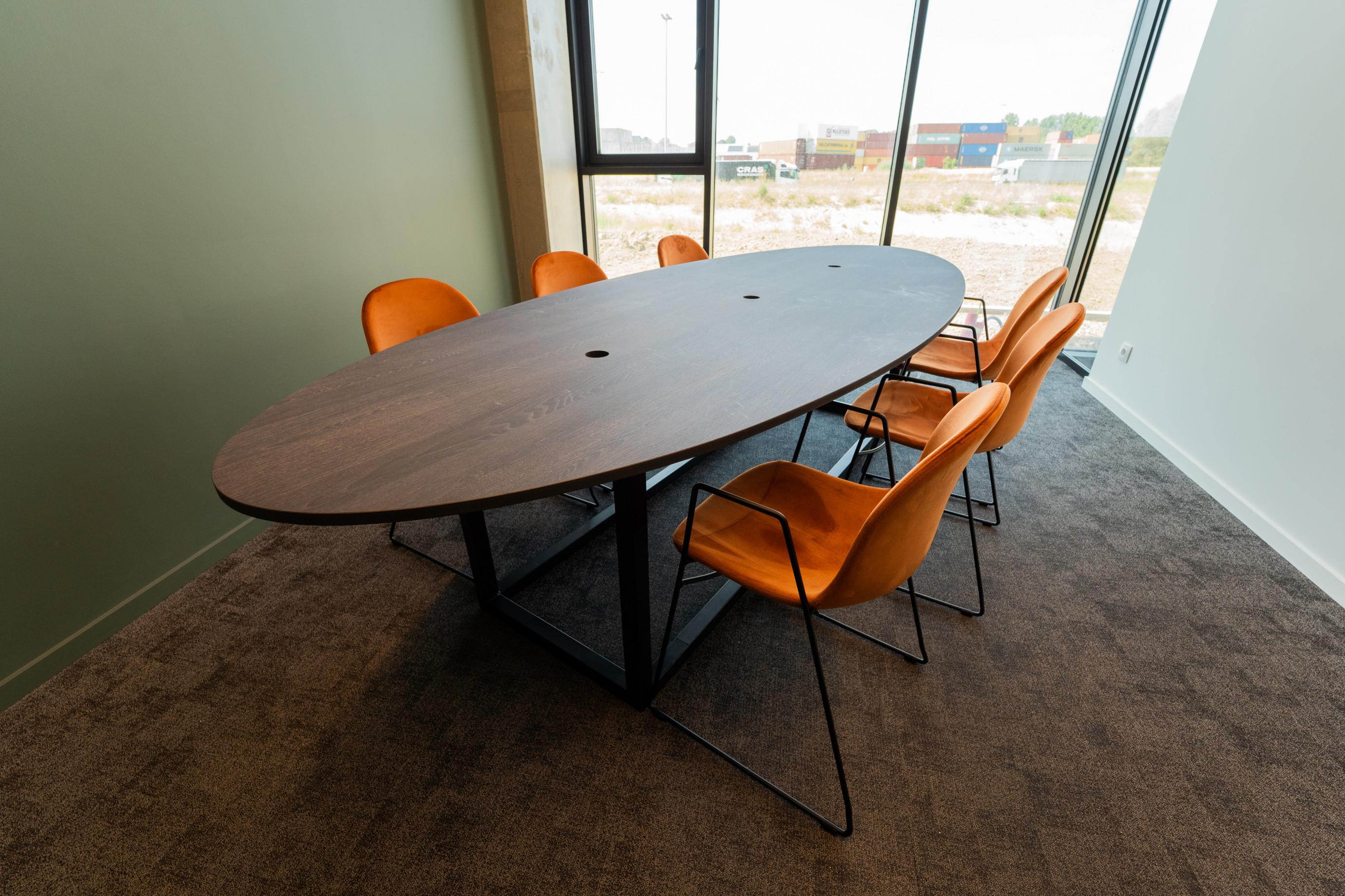 vergaderingstafel