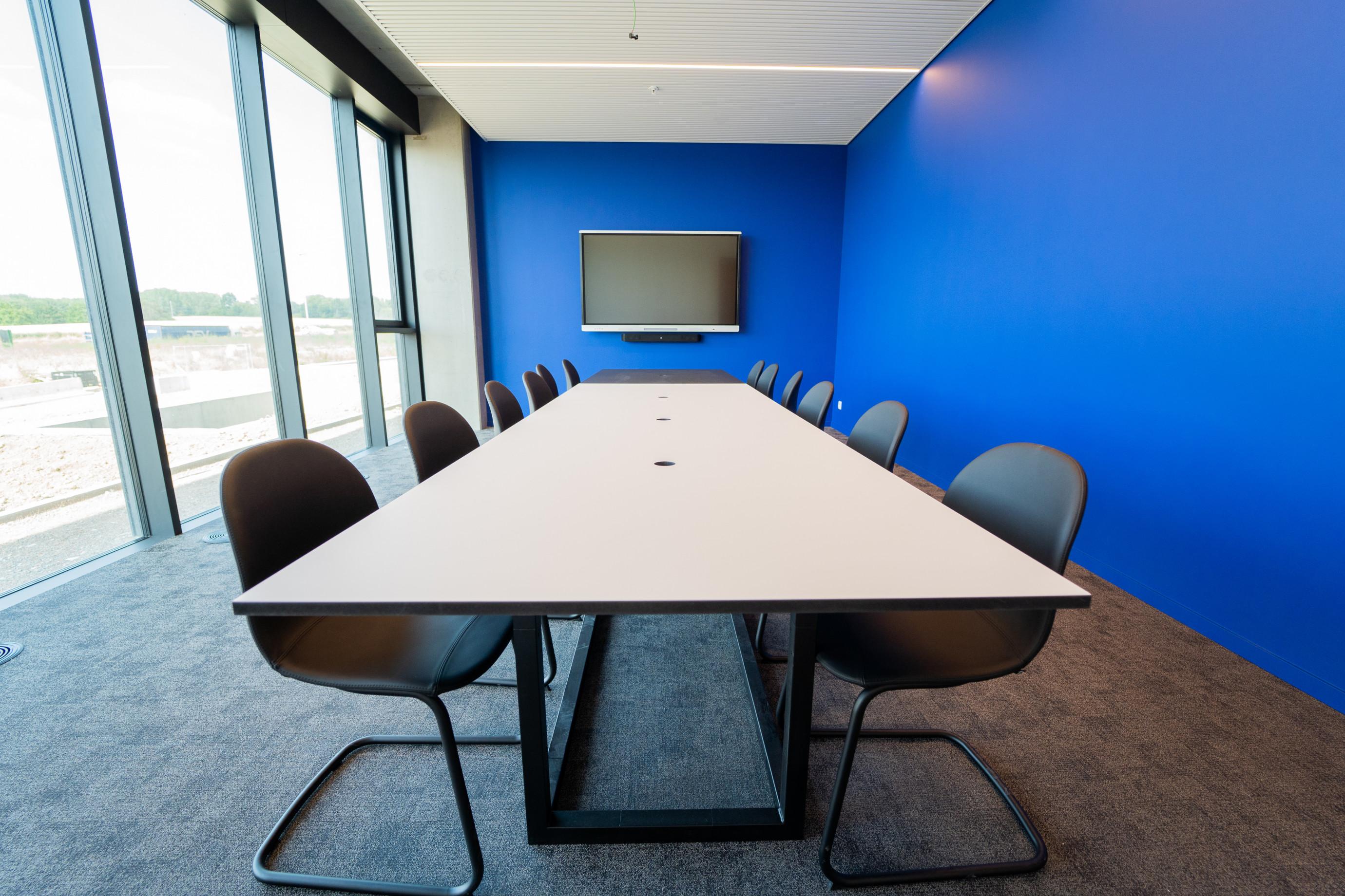 Kantoormeubilair: vergadertafel