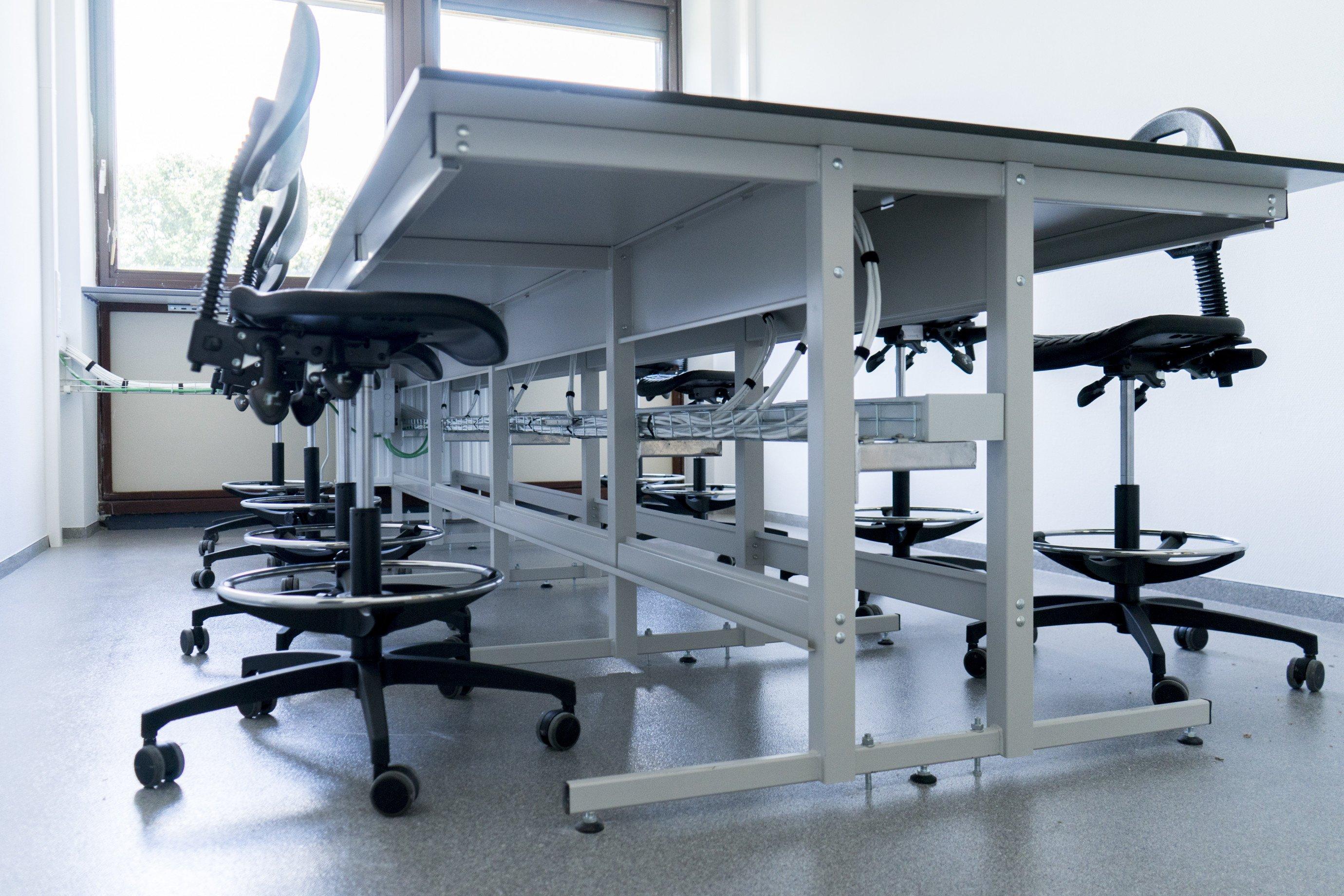 Laboratoriummeubilair: tafel type C