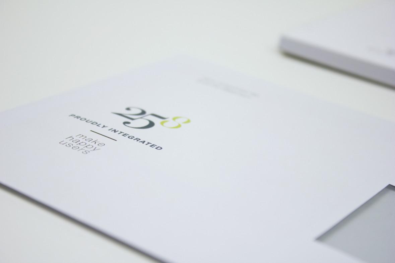 LaV-25-8-Enveloppe.jpg