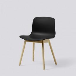 AAC12 Oak Matt Lacquer Base black kopie_HAY_Livingdesign.jpg