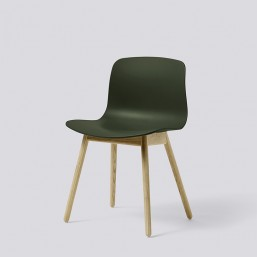 AAC12 Oak Matt Lacquer Base green kopie_HAY_Livingdesign.jpg