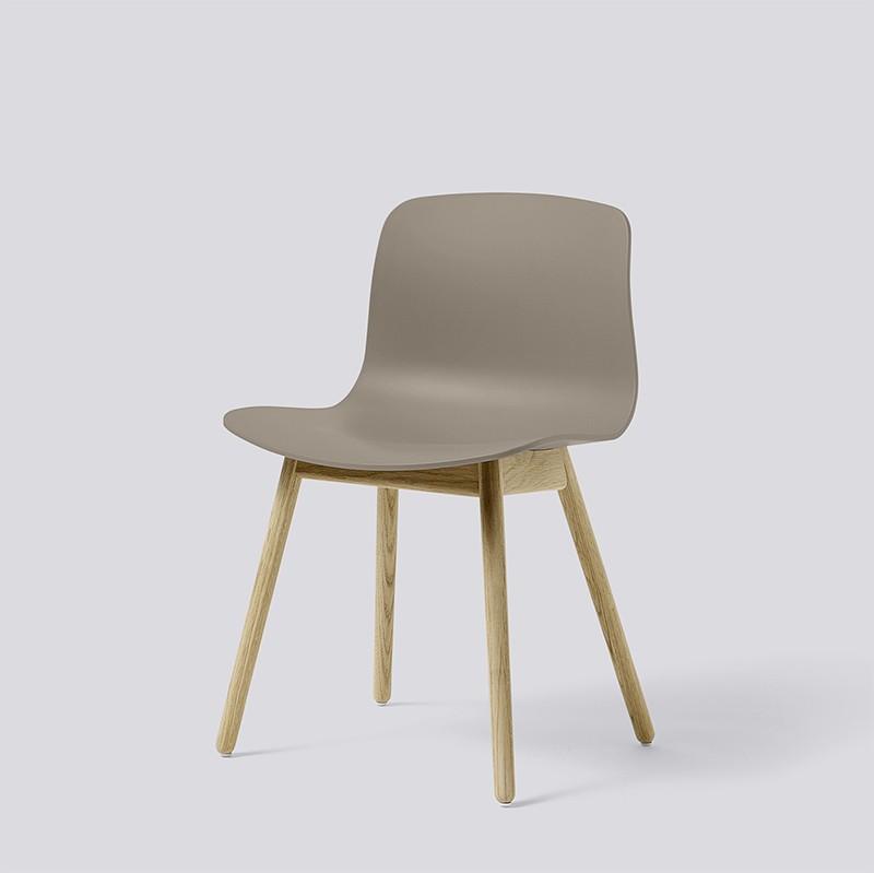 AAC12 Oak Matt Lacquer Base khaki kopie_HAY_Livingdesign.jpg