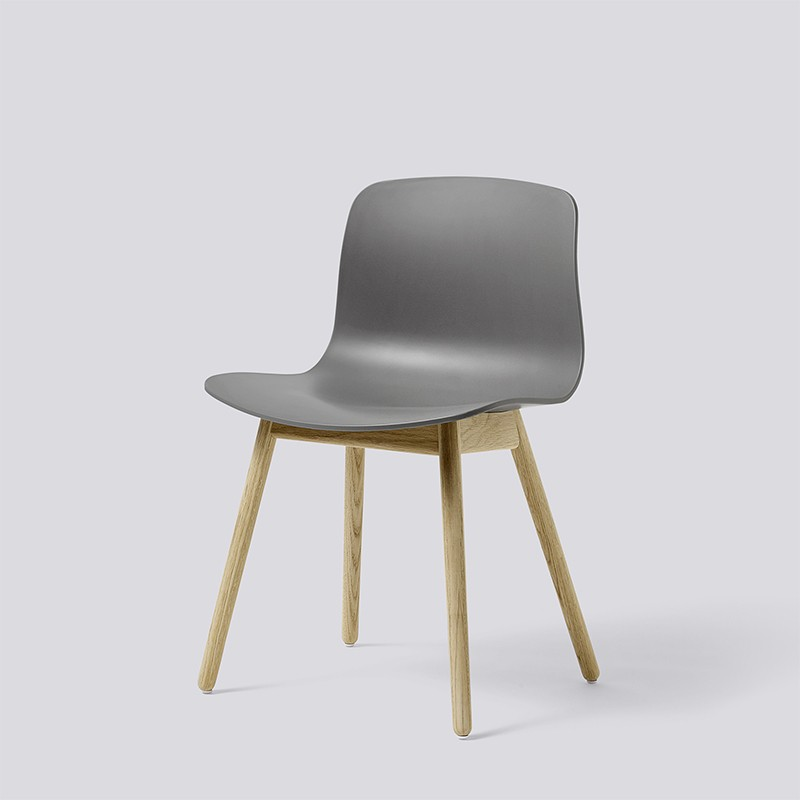 AAC12 Oak Matt Lacquer grey_HAY_Livingdesign.jpg