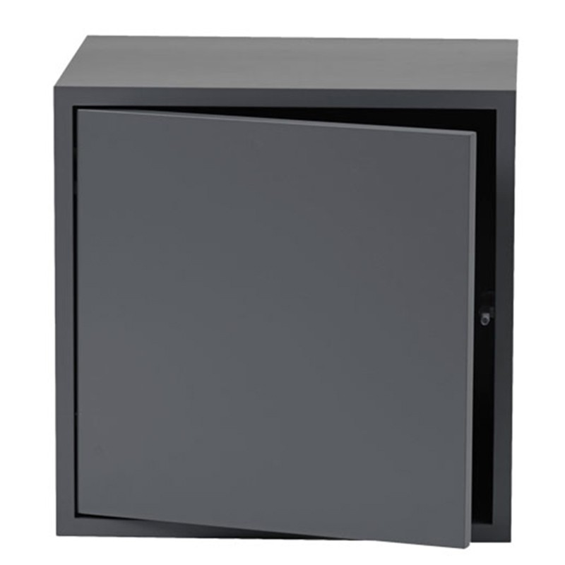 1_3_stacked_doors_medium_muuto.jpg