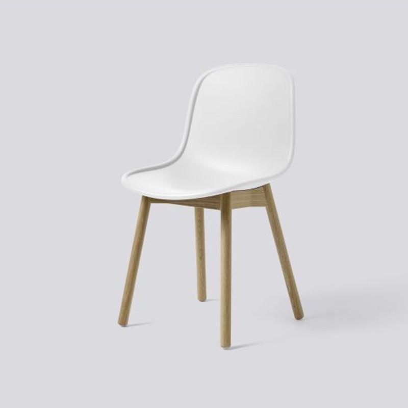 1_7_neu_13_chair_hay.jpg