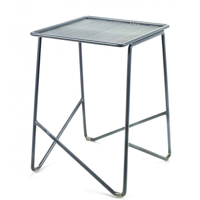 3_3_paola_navone_side_table_s_serax.jpg