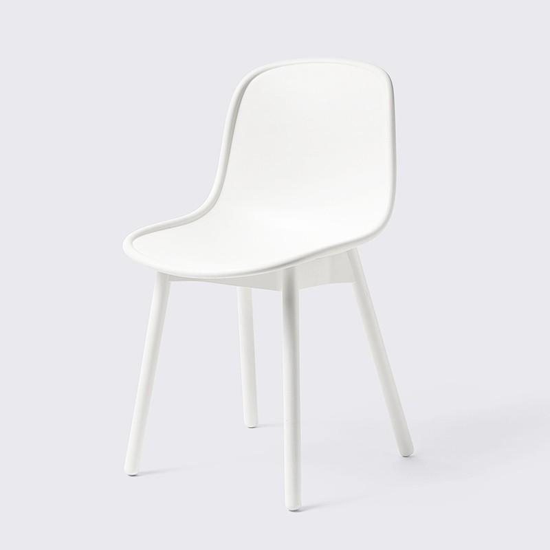 3_9_neu_13_chair_hay.jpg