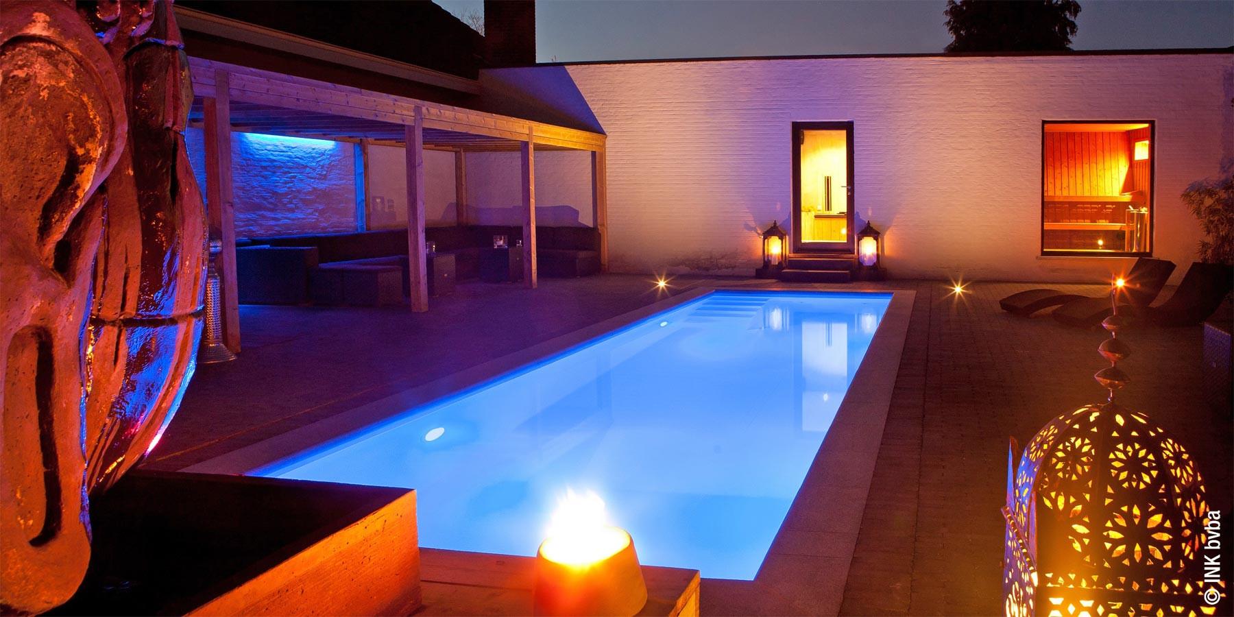 zwembad-terras.jpg
