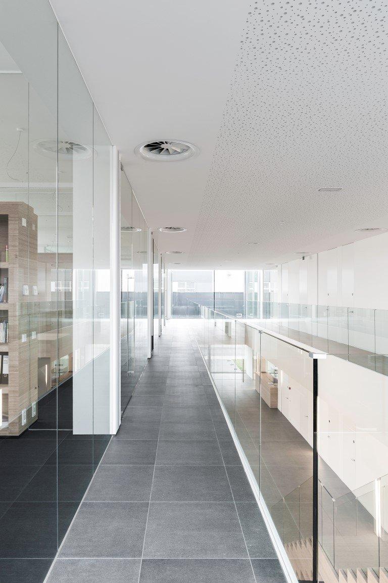 Oostkamp - kantoorinrichting Keypharm