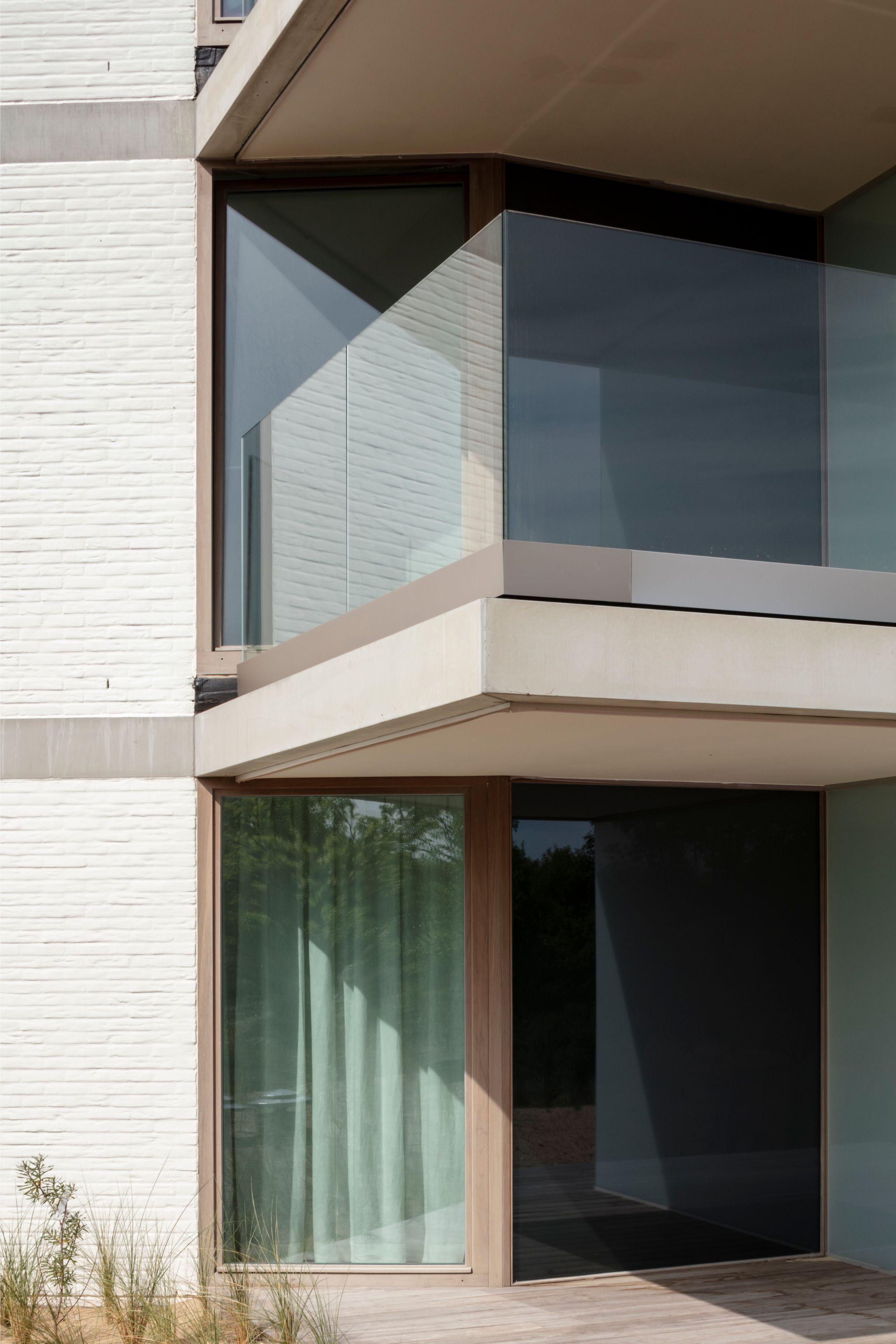 Hans Wegner - Rietveldprojects - Koksijde - Tvdv4.jpg