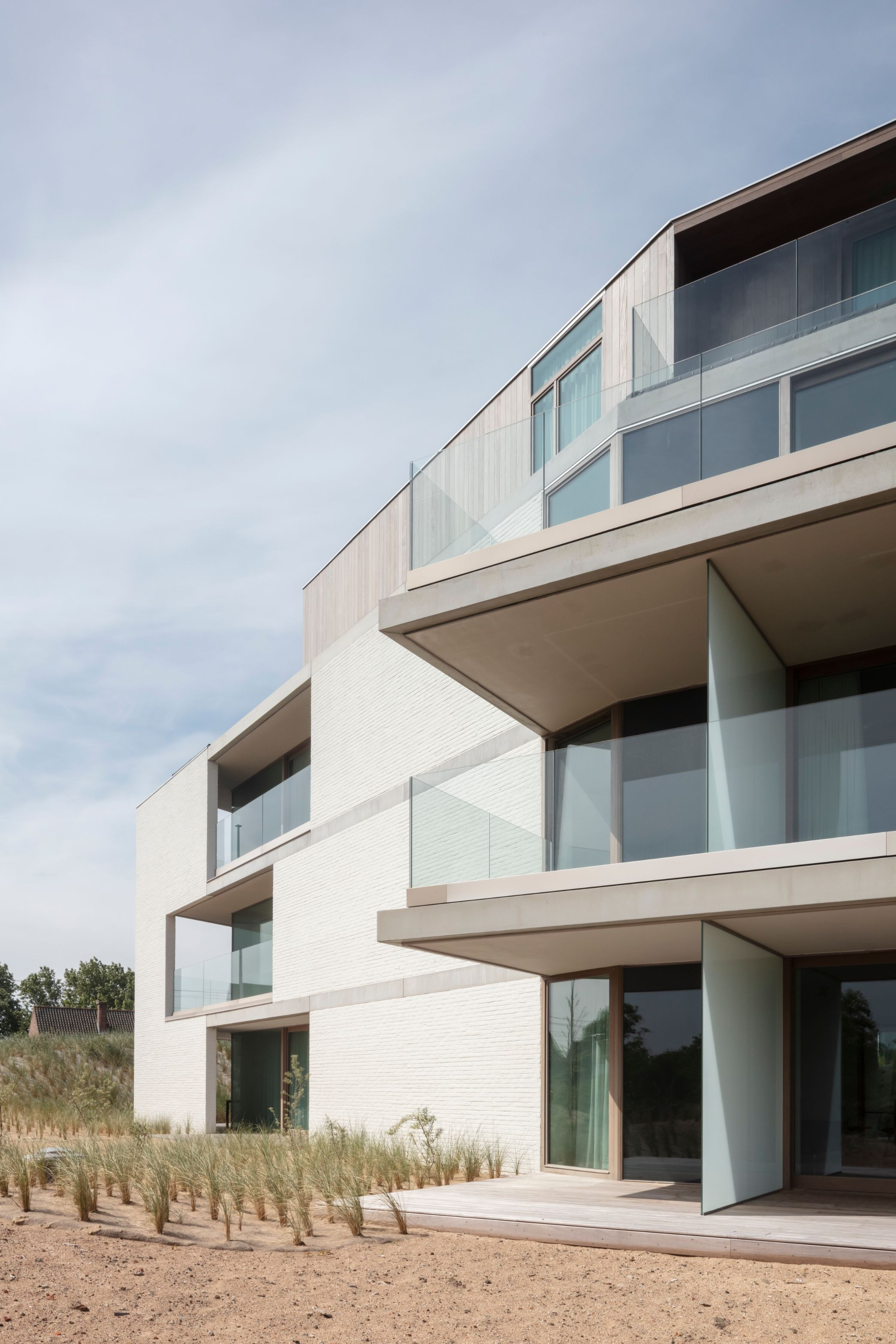 Hans Wegner - Rietveldprojects - Koksijde - Tvdv5.jpg