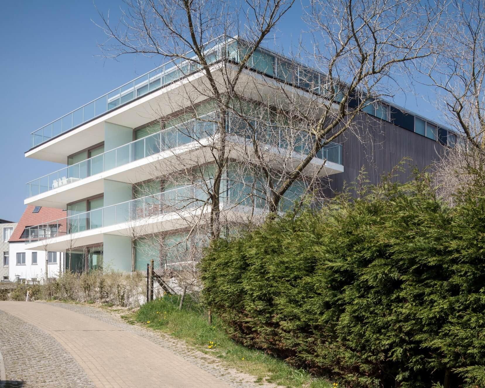Res-JeanProuve-Rietveldprojects-photobytimvandevelde-15.jpg