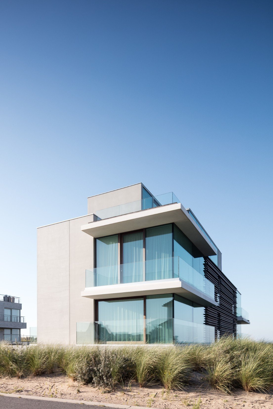 Rietveldprojects-Niemeyer-appartement-design-architectuur-kust-tvdv.jpg