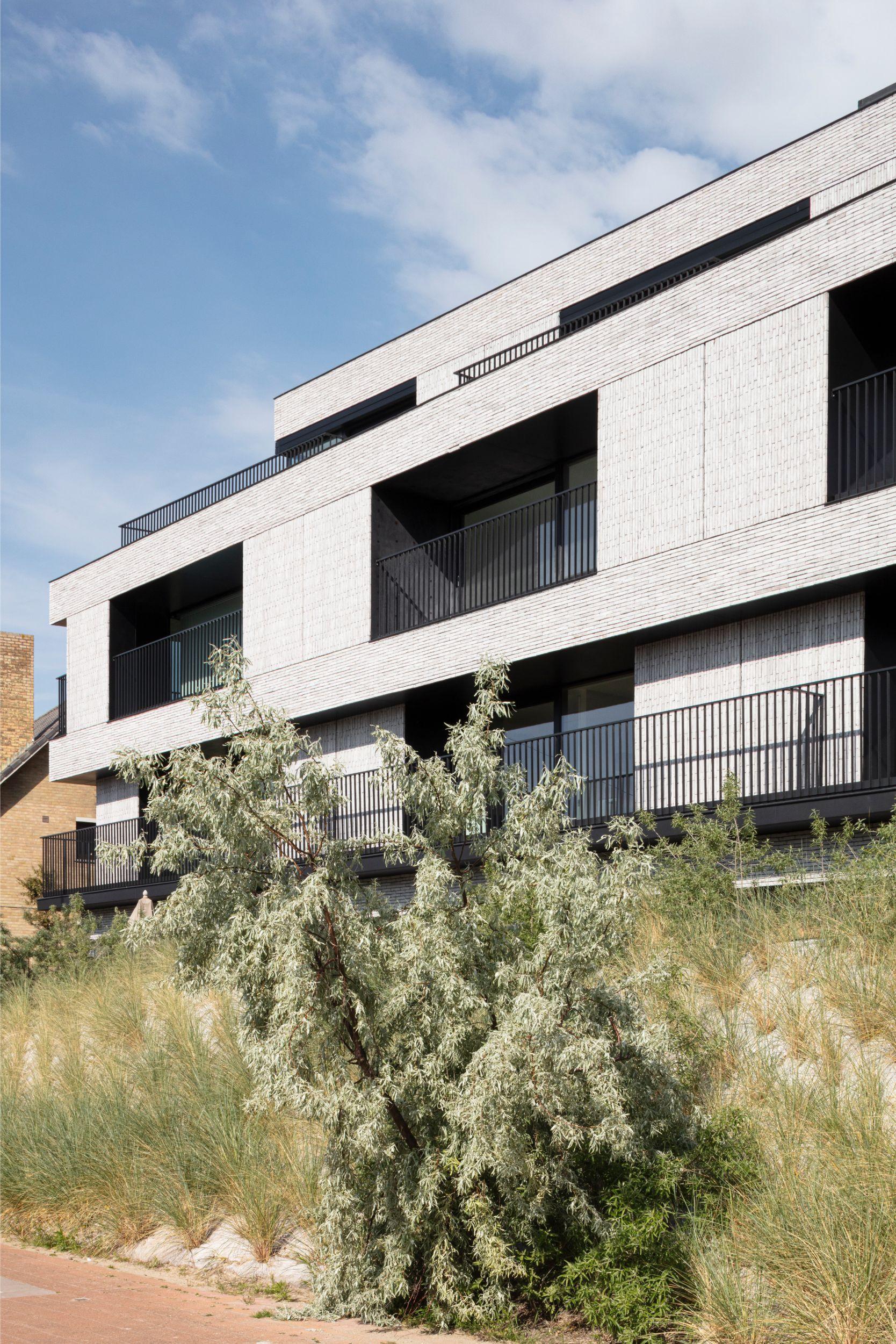 Pierre Paulin - Rietveldprojects - Sint-Idesbald - Tvdv10.jpg