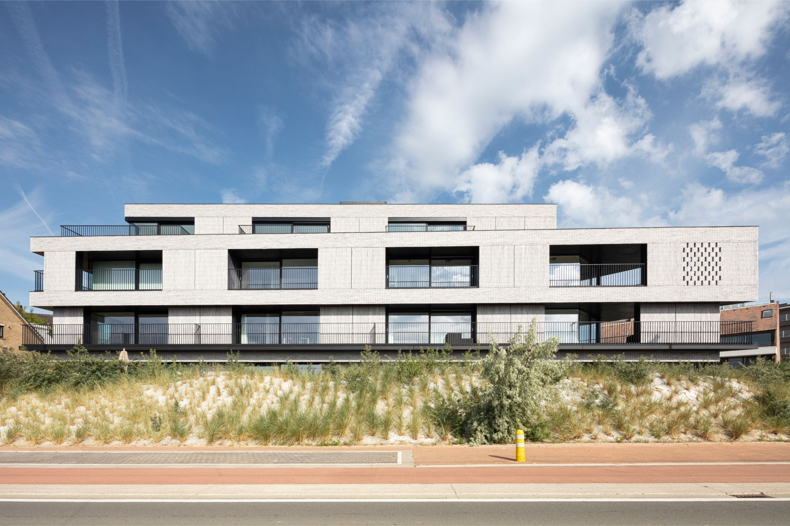 Pierre Paulin - Rietveldprojects - Sint-Idesbald - Tvdv11.jpg