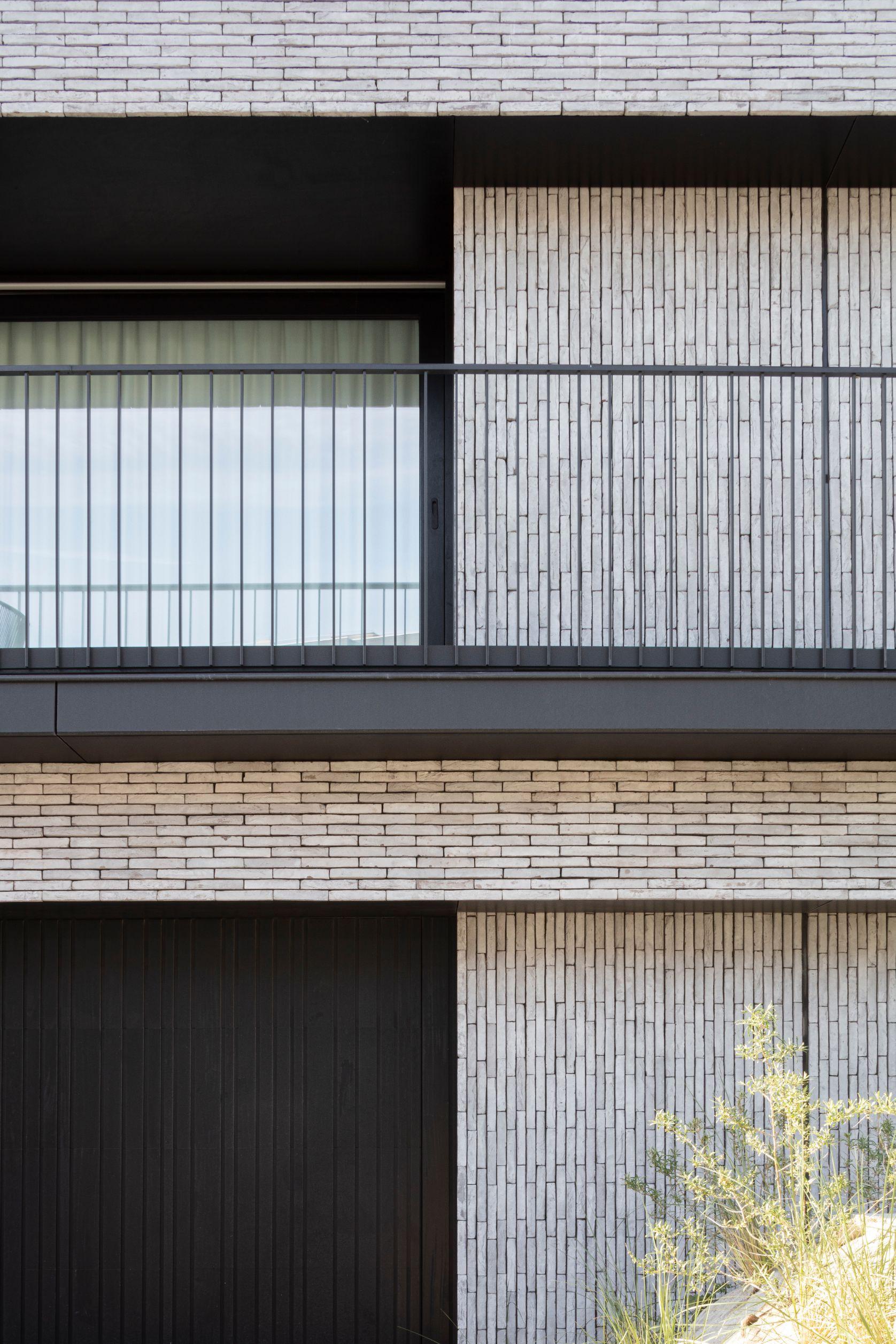 Pierre Paulin - Rietveldprojects - Sint-Idesbald - Tvdv2.jpg