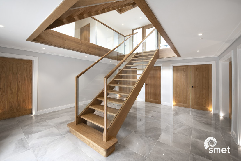 SmetStaircases-Glass-East-Grinstead-A-SmetUK(1).jpg