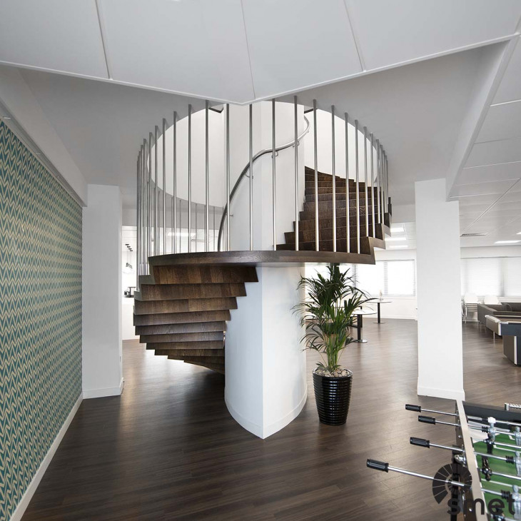Metal Stain Spindle - Office - Uxbridge - A (2).jpg