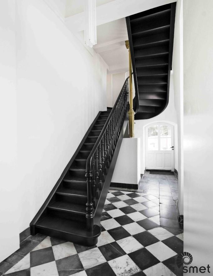 Wooden Stairs - Brussels - D (1) (1).jpg