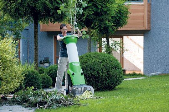 Tuinmachines-Vandenbossche-hakselaar-GE_250_24.jpg