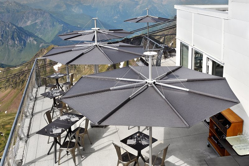 Garden umbrella Infina, 3m, black canopy