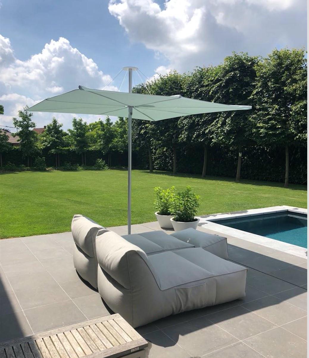 Infina garden parasol residential