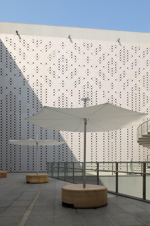 Infina garden umbrella Museum of Contemporary Art Tokyo5.jpg