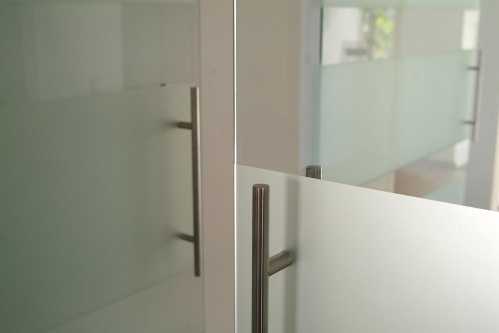 handgreep detail dubbele glazen deur.jpg
