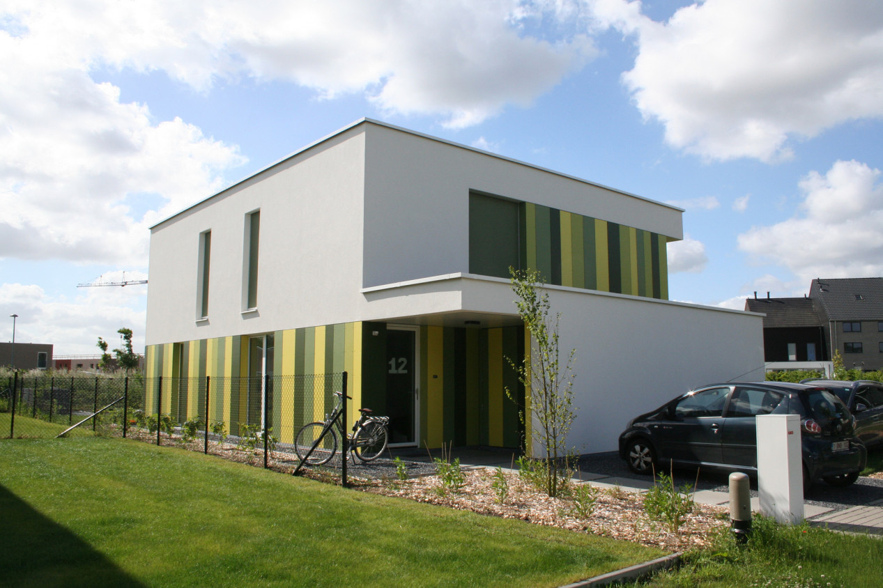 Benieuwd hoe een 100% Willco Products gevel eruitziet? Modern huis met witte crepi - 00.jpg
